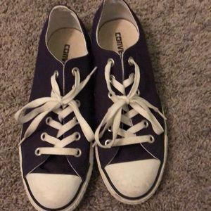 Purple converse low top sneakers NEW